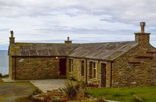 Last Minute Cottages - Three Island View - W42427