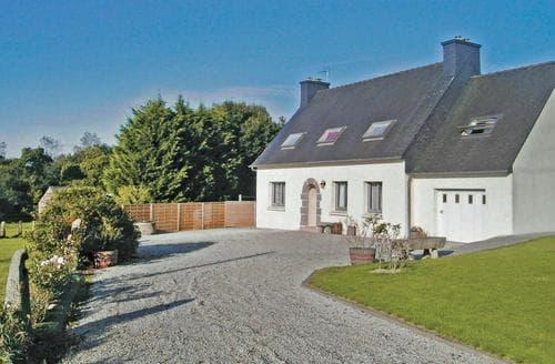Last Minute Cottages - Beautiful Lannion Cottage S116823