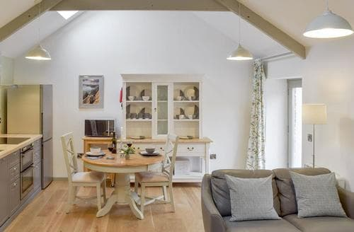 Dog Friendly Cottages - Gorgeous Tenby Cottage S96939