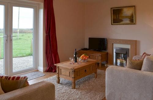 Last Minute Cottages - Lovely Bude Cottage S79925