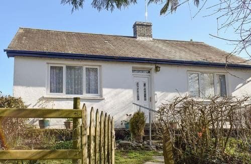Last Minute Cottages - Captivating Tregaron And The Cambrian Mountains Cottage S21597