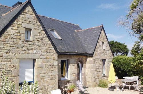 Last Minute Cottages - Quaint Treguier Cottage S116928