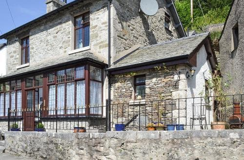 Last Minute Cottages - Wonderful Grange Over Sands Cottage S70342
