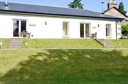 Last Minute Cottages - Excellent Helensburgh Cottage S23037