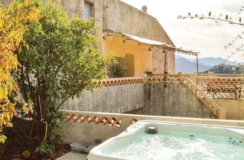 Last Minute Cottages - Adorable Calvi Cottage S120241