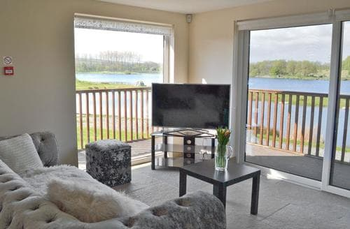 Last Minute Cottages - Delightful Carnforth Lodge S81141