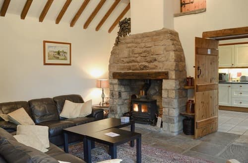 Last Minute Cottages - Captivating Leek Cottage S16027