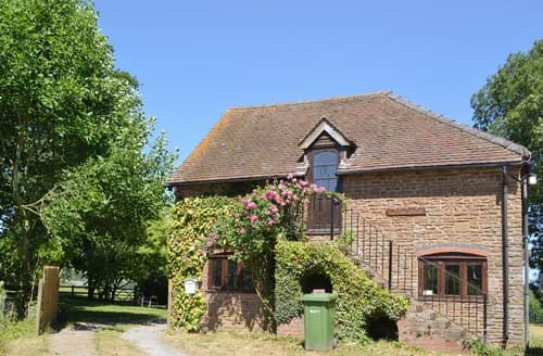 Last Minute Cottages - The Cider House