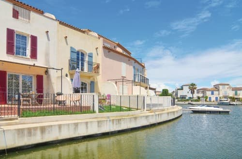 Last Minute Cottages - Wonderful Aigues Mortes Cottage S118069