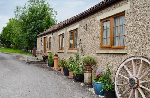 Last Minute Cottages - Swallowtail Cottage
