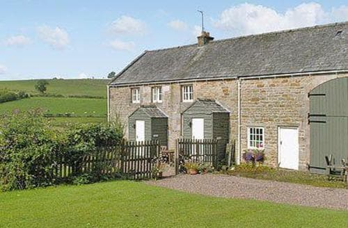 Last Minute Cottages - Cosy Hexham Cottage S14566