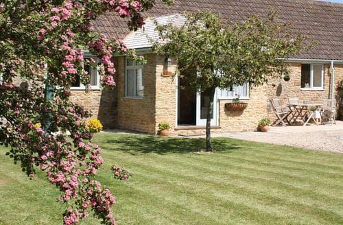 Last Minute Cottages - Exquisite Yeovil Cottage S80665