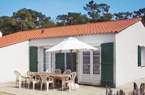 Last Minute Cottages - Villa Des Peupliers