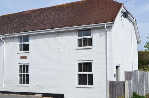 Last Minute Cottages - Nyetimber Cottage