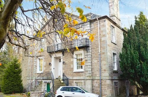 Last Minute Cottages - Delightful Edinburgh Apartment S44377