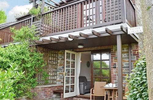 Last Minute Cottages - LITTLE LARNICK