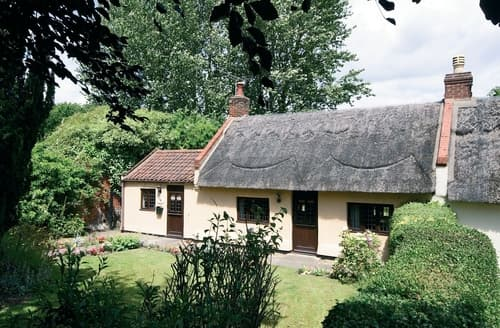 Last Minute Cottages - Exquisite Horning Cottage S17350
