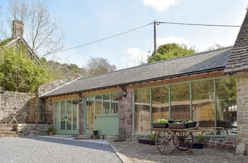 Last Minute Cottages - Luxury Llandeilo Cottage S80266