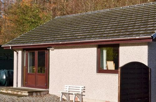 Last Minute Cottages - Inviting Fort Augustus Cottage S22695