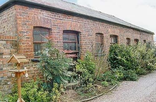 Last Minute Cottages - Luxury York Cottage S15631