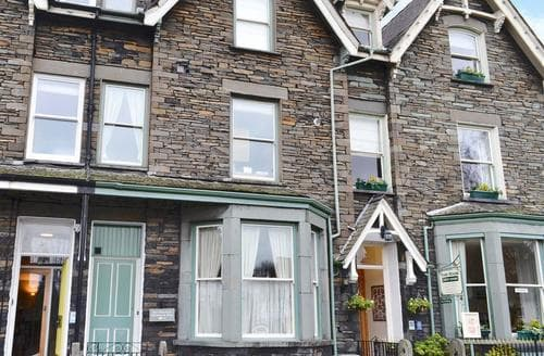 Last Minute Cottages - Adorable Ambleside Apartment S85175