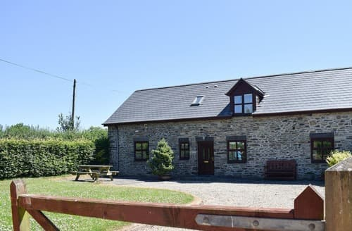 Last Minute Cottages - Ger Yllan