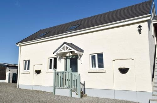Last Minute Cottages - Tasteful Laugharne And Llansteffan Cottage S94770