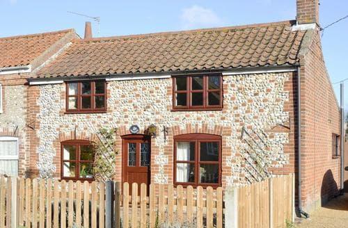 Last Minute Cottages - Heathcote Cottage