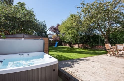 Last Minute Cottages - Tasteful Lytham St Annes Cottage S85806