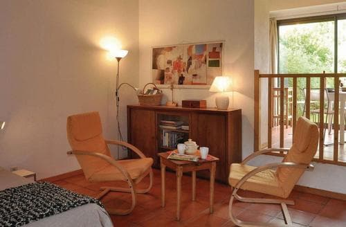 Last Minute Cottages - Luxury Beaune Apartment S117225