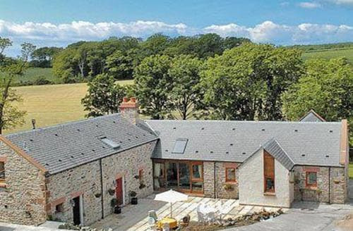 Last Minute Cottages - Milton Byre
