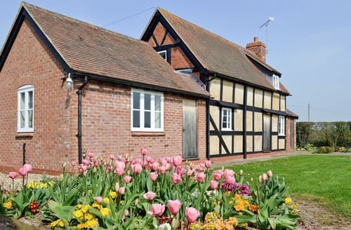 Last Minute Cottages - Quaint Tenbury Wells Cottage S16378