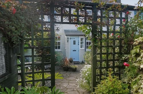 Last Minute Cottages - Inviting Deal Cottage S13600