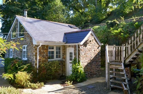 Last Minute Cottages - Charming Wadebridge Cottage S24545