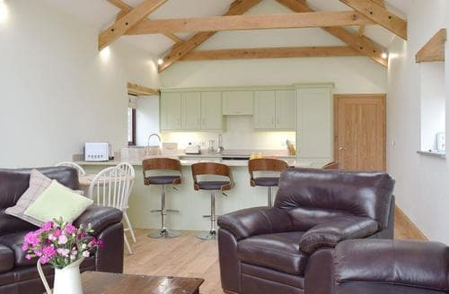 Last Minute Cottages - Southlands Barn