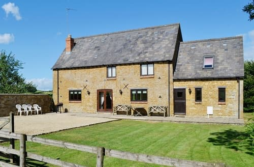 Dog Friendly Cottages - Jay Barn