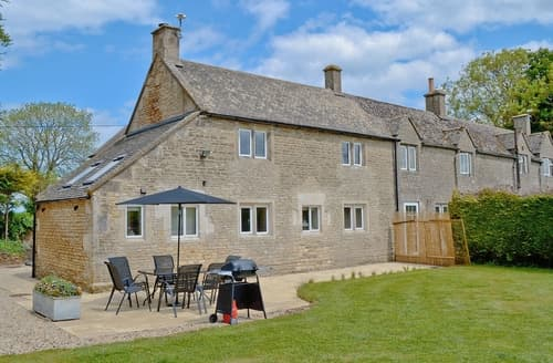 Last Minute Cottages - Tasteful Bourton On The Water Cottage S16100
