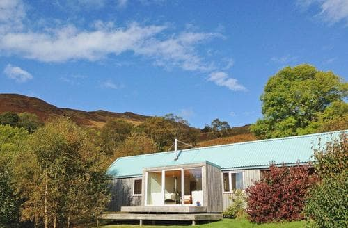 Last Minute Cottages - Quaint Acharacle Cottage S22570