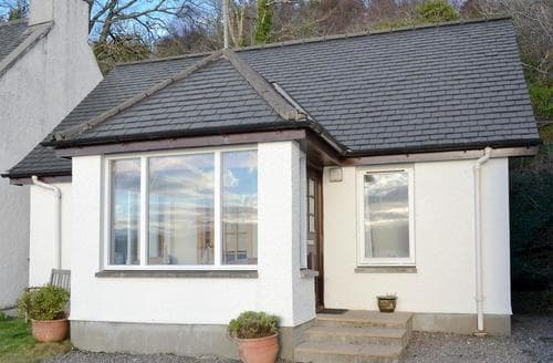 Last Minute Cottages - Tasteful Kyle Of Lochalsh Cottage S22765