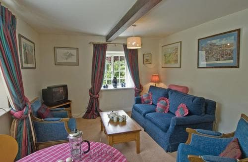 Last Minute Cottages - Coach House - E5120