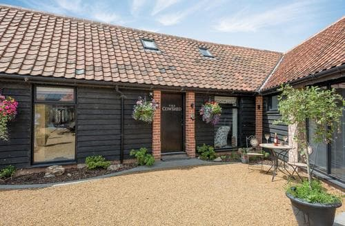 Last Minute Cottages - The Cow Shed