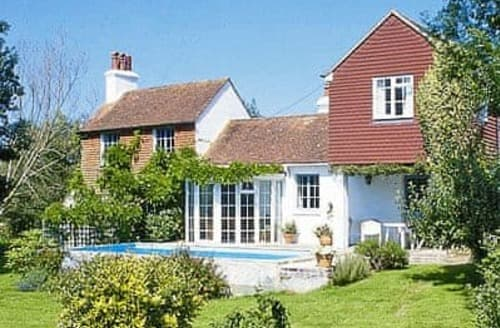 Last Minute Cottages - Captivating Uckfield Cottage S14036