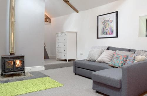Last Minute Cottages - Gorgeous Kidwelly Cottage S79569