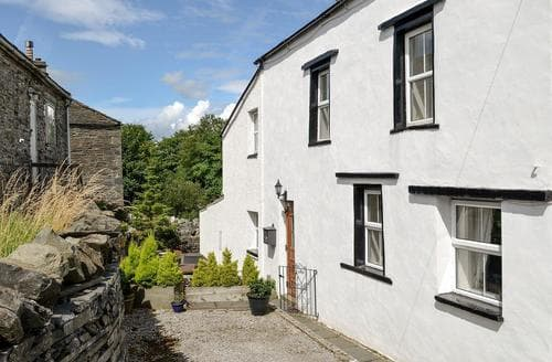 Dog Friendly Cottages - Riverside Cottage