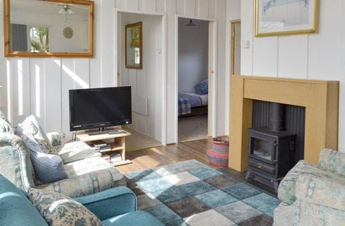 Last Minute Cottages - Quaint Seaton Lodge S97642