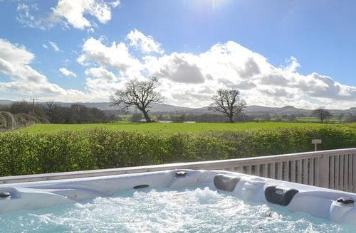 Last Minute Cottages - Stunning Shrewsbury Lodge S73875