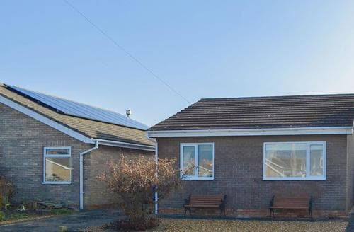 Big Cottages - Delightful Beadnell Cottage S14480
