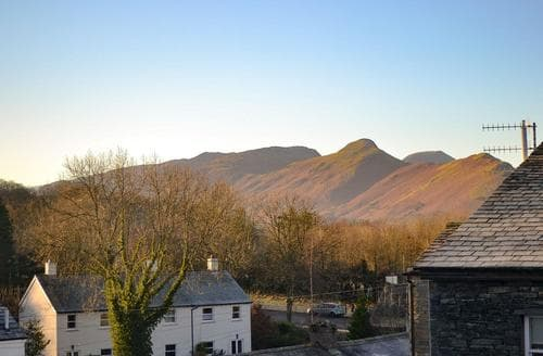 Last Minute Cottages - Cosy Keswick Apartment S76074