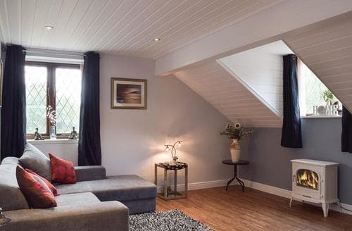 Last Minute Cottages - Excellent Brundall Apartment S81887