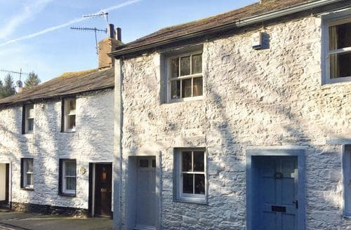 Last Minute Cottages - Cosy Keswick Cottage S84635